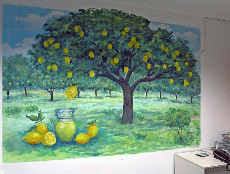 ציורי קיר עצי לימון עם קנקן לימונדה