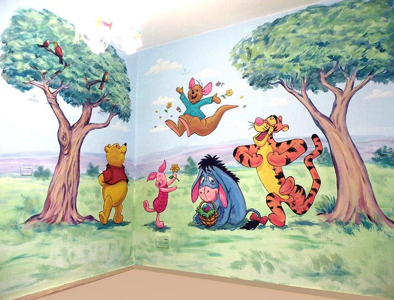 ציורי קיר פו הדוב ועצים