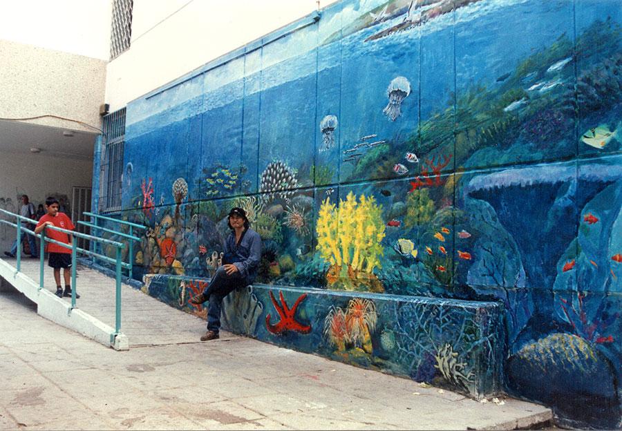 ציורי קיר עולם תת ימי ופני הים בבית ספר