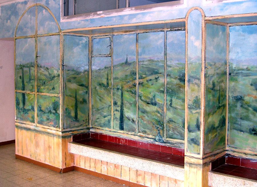 ציורי קיר הרים מאחורי החלון