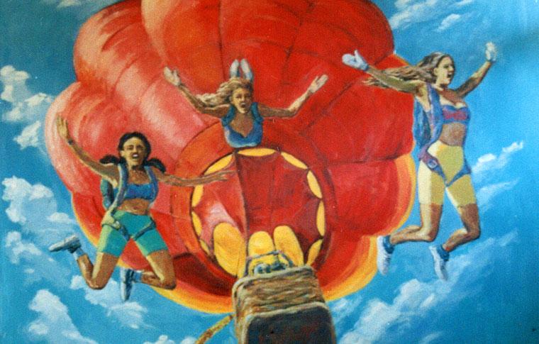 נערות בצניחה חופשית ציורי קיר לנוער
