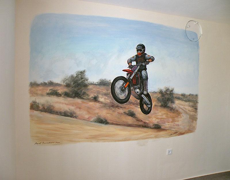 אופנוען מזנק ציורי קיר לנוער