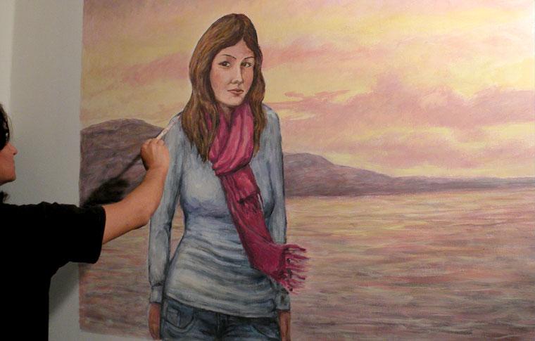 דיוקן של נערה ציורי קיר לנוער
