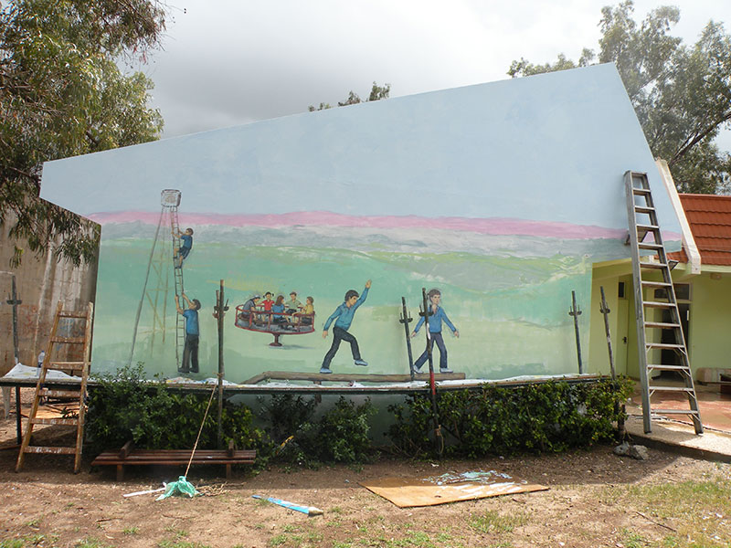 תהליכי עבודה של ציורי קיר במועדון נוער