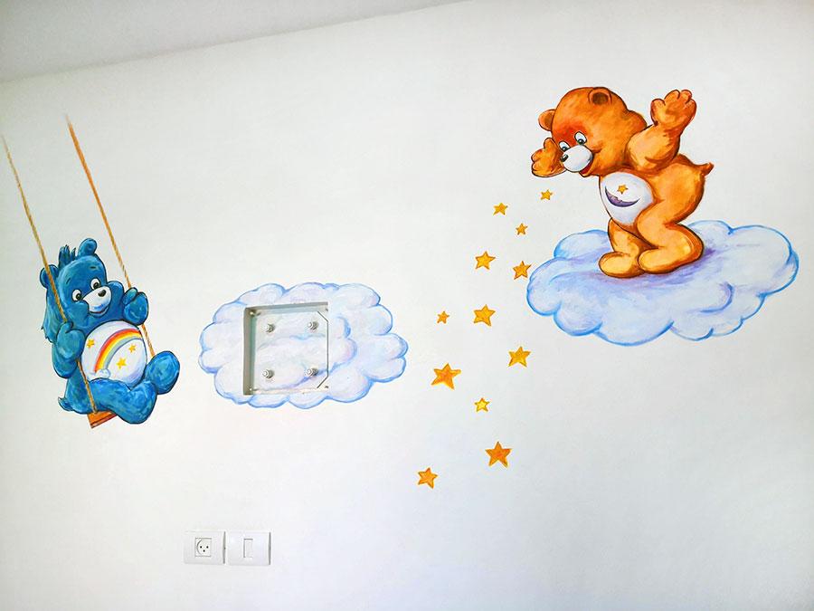 ציור קיר של דובונים בחדר תינוקות