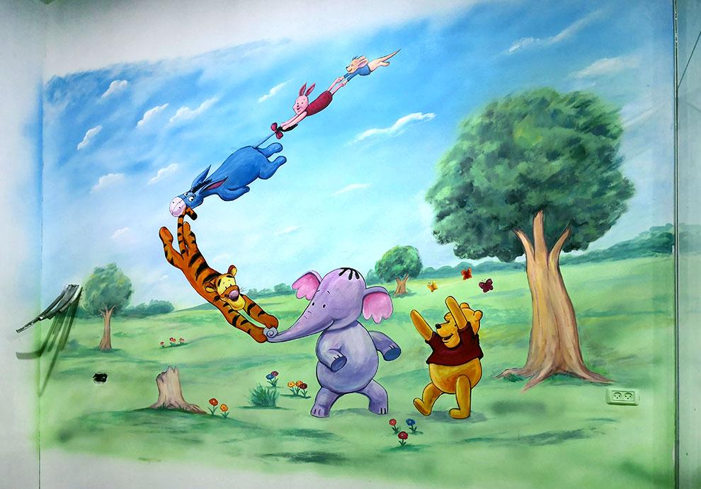 ציור קיר לילדים - פו הדב וחברו