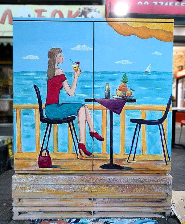 ארוחת בוקר - ציור על ארון חשמל