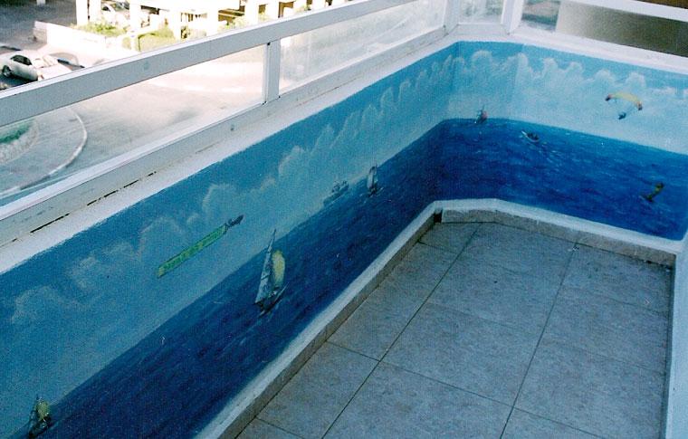 ציורי קיר במרפסת בבת ים
