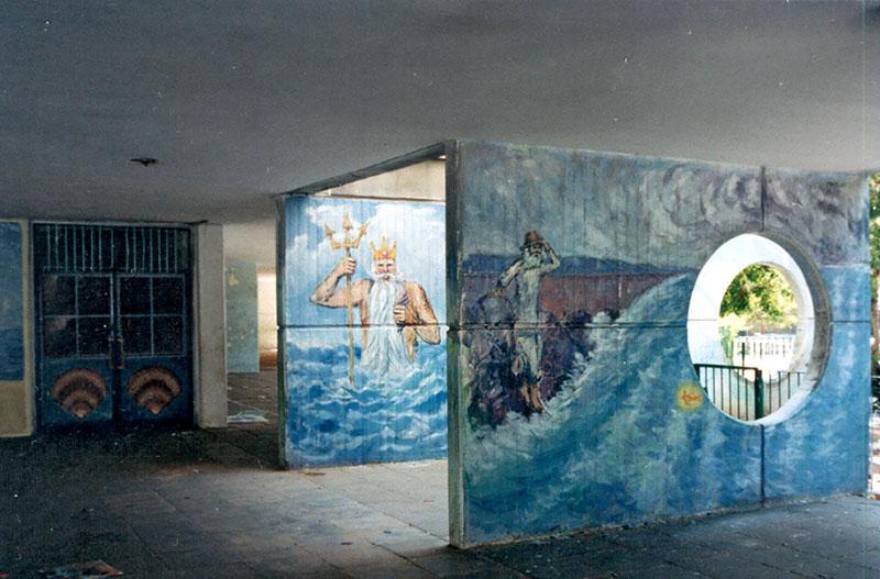 ציורי קיר פוסידון והדייג